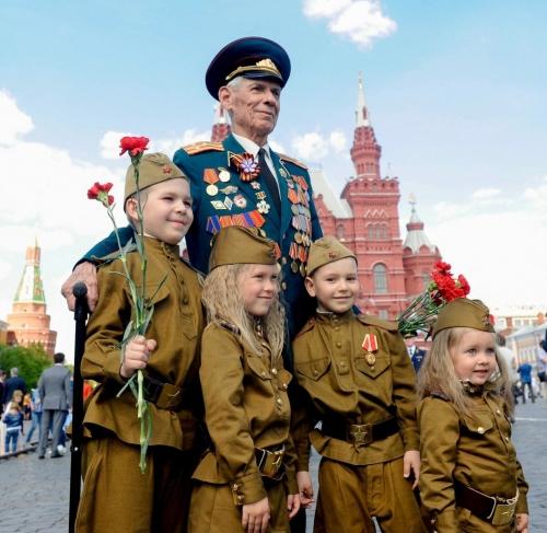 Празднуем   75-летие  Победы в Великой Отечественной войне!
