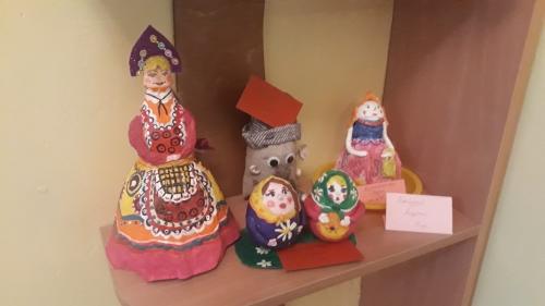 """Выставка детского творчества"""" Разноцветное чудо народной игрушки"""""""