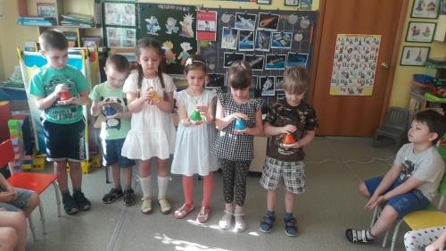 """Много интересного можно было услышать на детской научной конференции у детей группы № 8 """" Улыбка"""""""