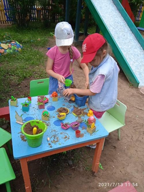 """Летнее кафе! Вот такую игру  организовали дети группы № 2 """" Звонкие ладошки""""!"""